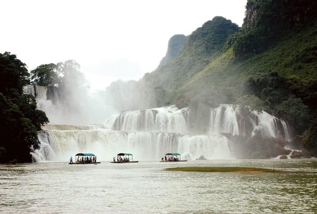 Người vẽ bản đồ nước Việt bằng ảnh ảnh 7