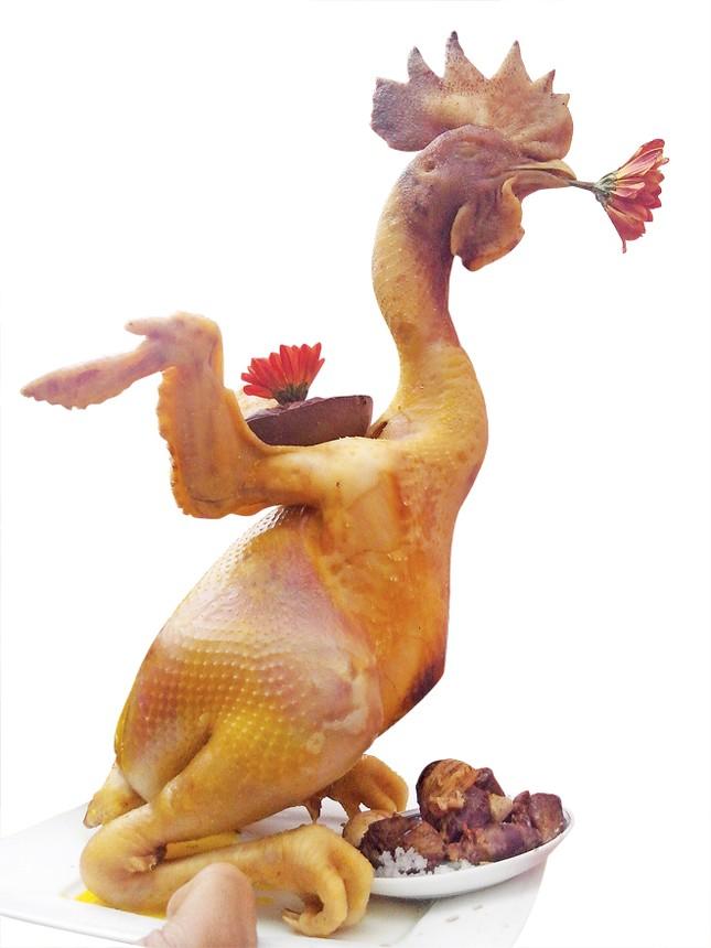 Độc, lạ hội thi gà cúng ngày lễ tết ảnh 1