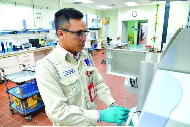Cty CP lọc hóa dầu Bình Sơn: Tiết kiệm hàng triệu USD nhờ sáng kiến khoa học ảnh 2