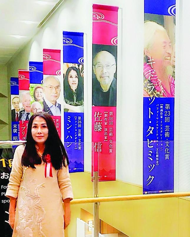 Nhà thiết kế Minh Hạnh: 'Thiếu văn hóa là thiếu tất cả' ảnh 1