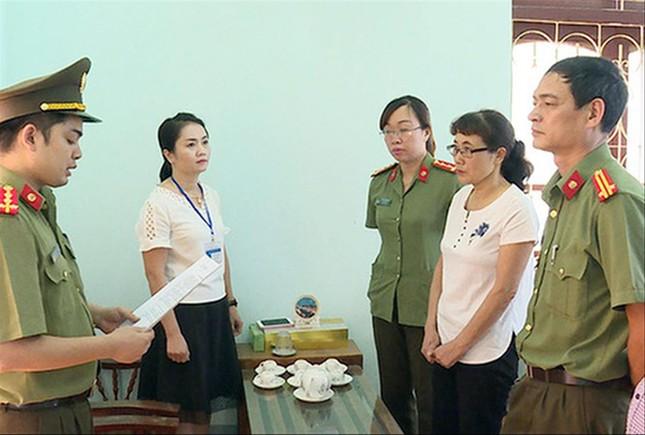Gian lận điểm thi ở Sơn La: Hối lộ tiền tỷ để nâng điểm cho thí sinh ảnh 1