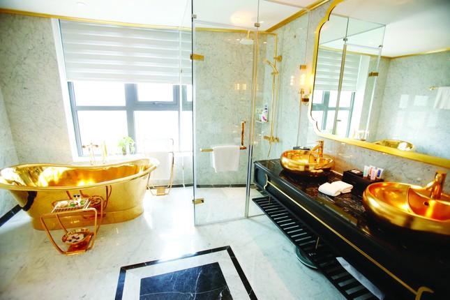 Hà Nội Golden Lake, khách sạn dát vàng có một không hai ảnh 4