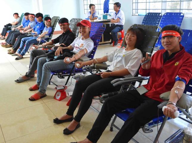 Chủ Nhật Đỏ tại Đắk Lắk: Cổ vũ hiến máu và phát huy bản sắc văn hóa ảnh 2