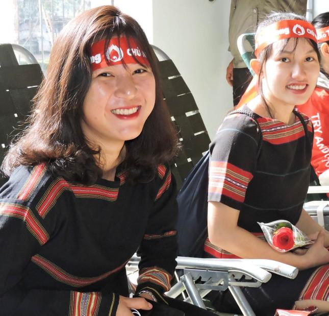 Chủ Nhật Đỏ tại Đắk Lắk: Cổ vũ hiến máu và phát huy bản sắc văn hóa ảnh 1