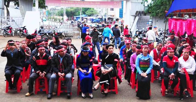 Đồng bào các dân tộc huyện Ea Kar trẩy hội hiến máu ảnh 1