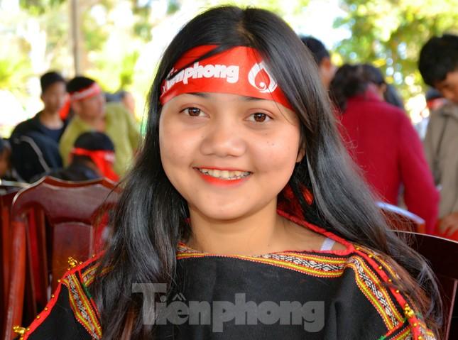 Tươi xinh những nụ cười Chủ nhật Đỏ Krông Năng 2020 ảnh 3