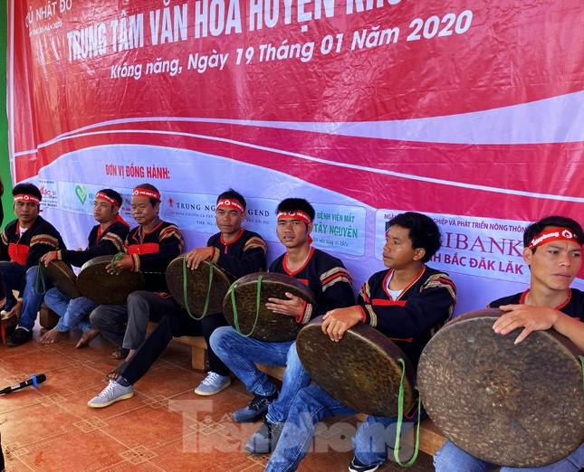 30 dân tộc anh em cổ vũ Chủ nhật Đỏ ở Krông Năng ảnh 5