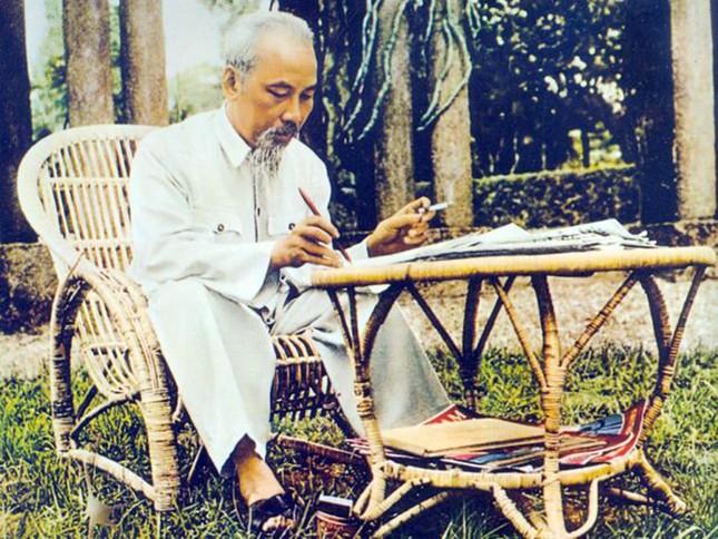 Di chúc của Chủ tịch Hồ Chí Minh - một Báu vật Quốc gia ảnh 1