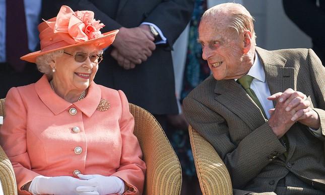 Lễ kỉ niệm 73 năm ngày cưới 'đặc biệt' của nữ hoàng Anh ảnh 1