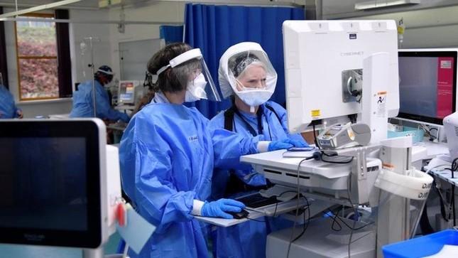 Thủ tướng Anh: Chủng COVID-19 mới có khả năng gây tử vong cao hơn 30% ảnh 1