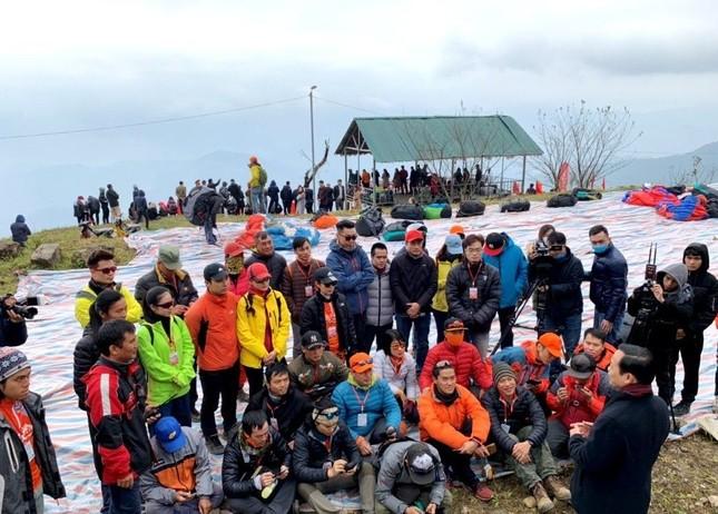 100 phi công lượn trên đỉnh Putaleng ở Lai Châu ảnh 3