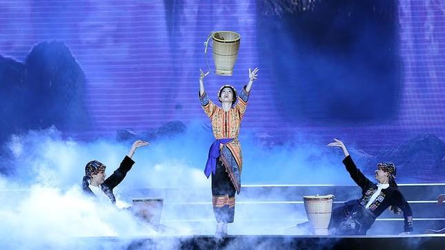 Cơ hội để thí sinh tỏa sáng đêm chung kết Hoa hậu Việt Nam ảnh 2