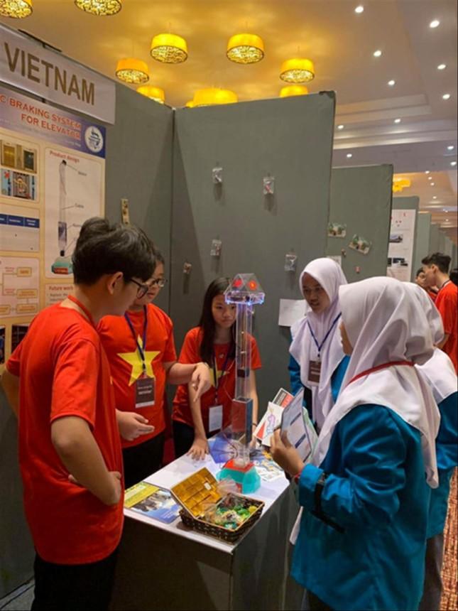 Đoàn Việt Nam giành 2 HC Vàng thi 'Nhà phát minh trẻ quốc tế 2019' ảnh 1