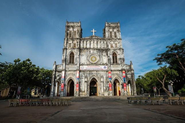 Ngược nguồn chữ Việt, Kỳ 2: Đi tìm mộ Alexandre de Rhodes ảnh 2