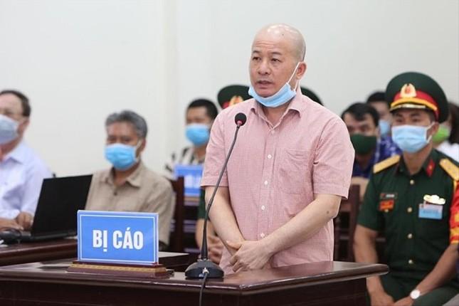 Ông Nguyễn Văn Hiến nhận lỗi trước đồng đội, nhân dân ảnh 1