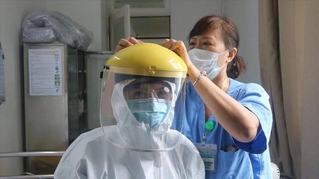 Thêm nhiều ca mắc, chủng virus gây COVID-19 mới xuất hiện ở Việt Nam ảnh 1