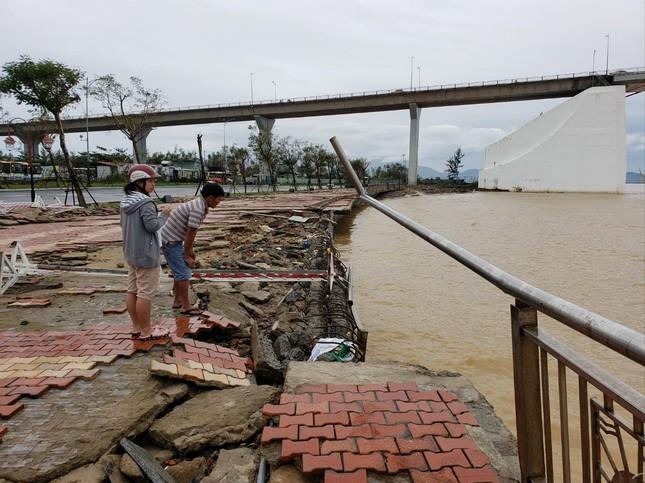 Bão số 13 gây thiệt hại nặng khu vực ven biển ảnh 1
