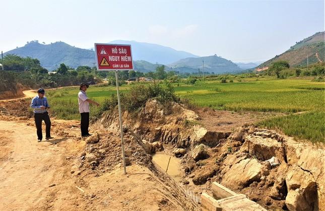 Kỳ lạ kênh dẫn nước dưới lòng đất, xã nghèo nhất Đắk Nông kêu cứu ảnh 3