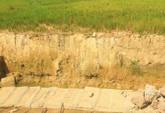 Kỳ lạ kênh dẫn nước dưới lòng đất, xã nghèo nhất Đắk Nông kêu cứu ảnh 2