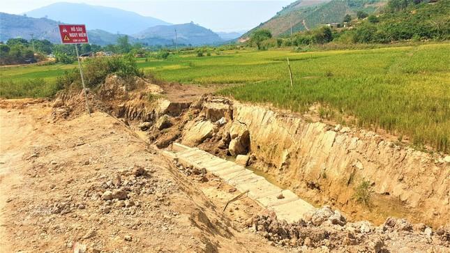 Ai là chủ nhân thiết kế hàng loạt công trình tiền tỉ dính tai tiếng ở Đắk Nông? ảnh 2