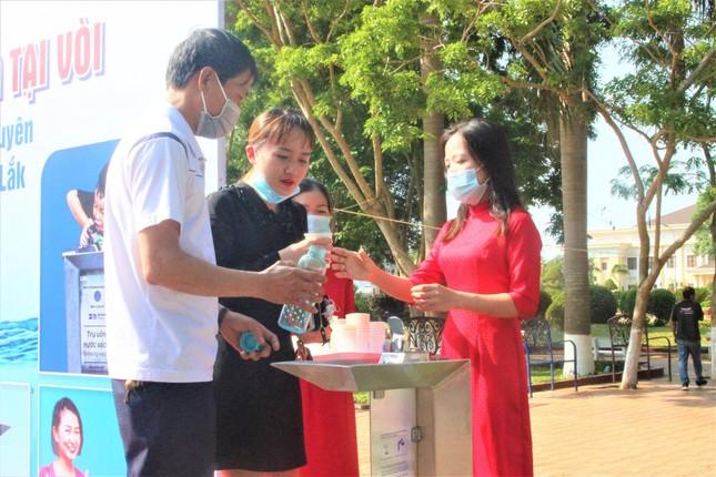 Nhiều trụ nước uống miễn phí lần đầu xuất hiện tại Đắk Lắk ảnh 1