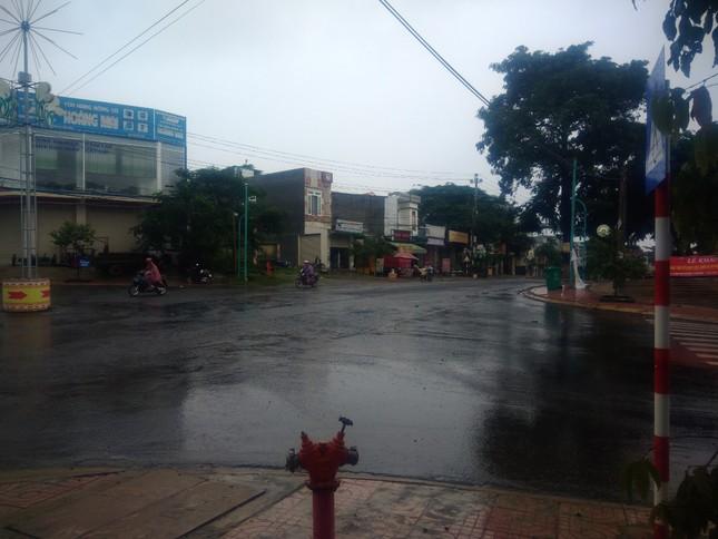 Mưa lớn Tây Nguyên: Đường sá bị chia cắt, khẩn trương di dời dân khỏi vùng ngập ảnh 6