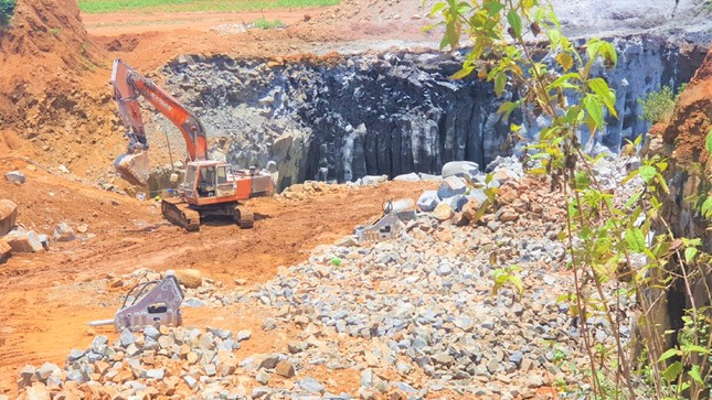 'Quên' đóng cửa mỏ, Đắk Nông phạt tiền nhiều doanh nghiệp ảnh 1