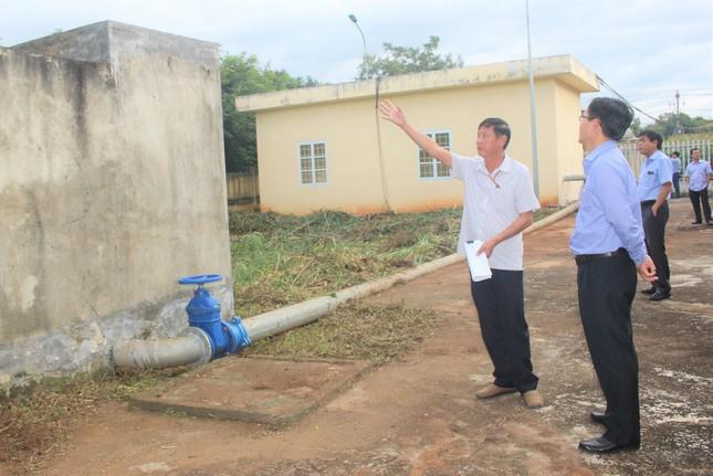 Công trình cấp nước tiền tỷ bỏ hoang: Lỗi của ai? ảnh 1