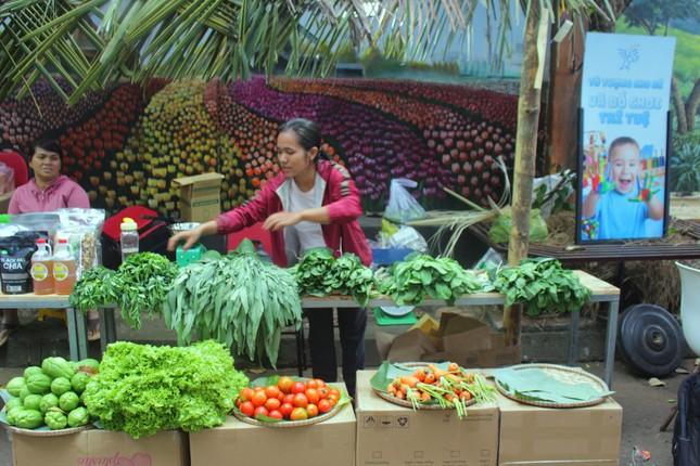 Đắk Lắk: Chợ quê lên phố để 'Thư viện về buôn' ảnh 2