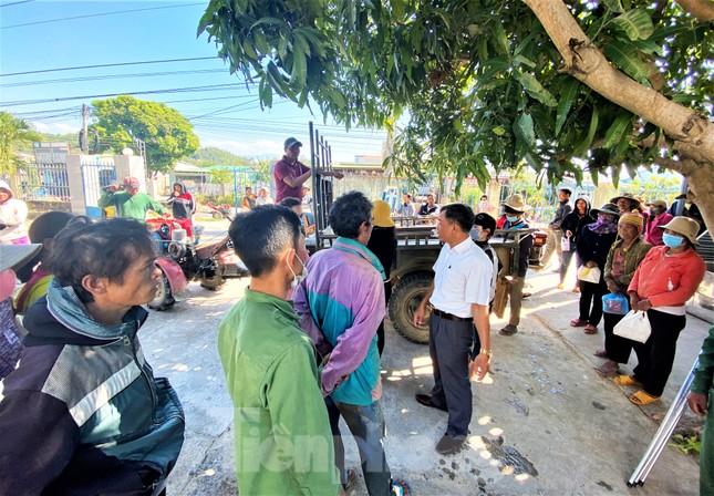 Báo Tiền Phong và tỉnh Đắk Lắk tiếp tục hỗ trợ vùng 'rốn lũ' Đắk Liêng ảnh 4