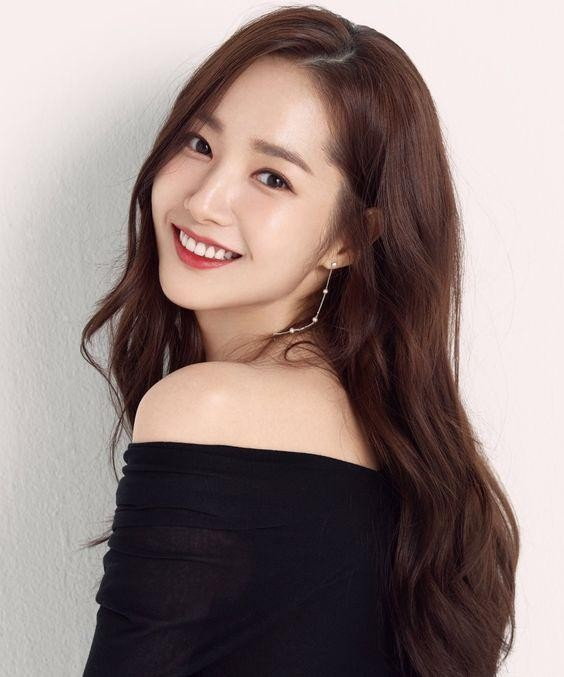 Park Min Young, Cúc Tịnh Y: 'Vịt hóa thiên nga' thành công nhất showbiz Hàn, Trung ảnh 2