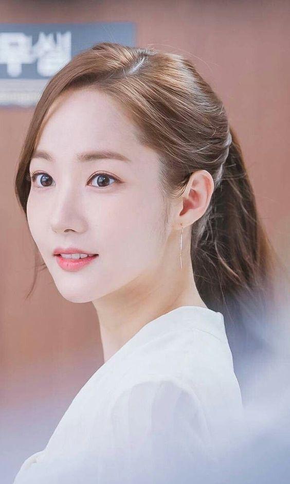 Park Min Young, Cúc Tịnh Y: 'Vịt hóa thiên nga' thành công nhất showbiz Hàn, Trung ảnh 4