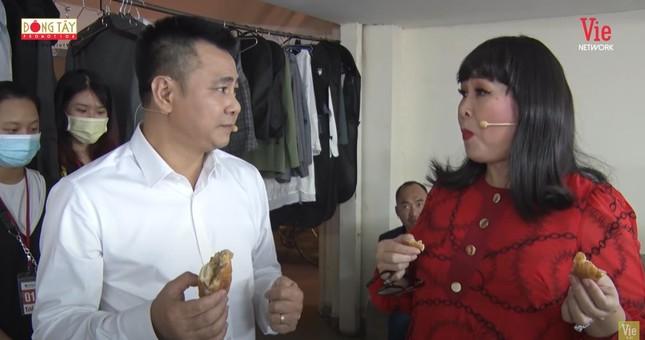 MC Lại Văn Sâm nhận xét bất ngờ về NSND Tự Long ảnh 1