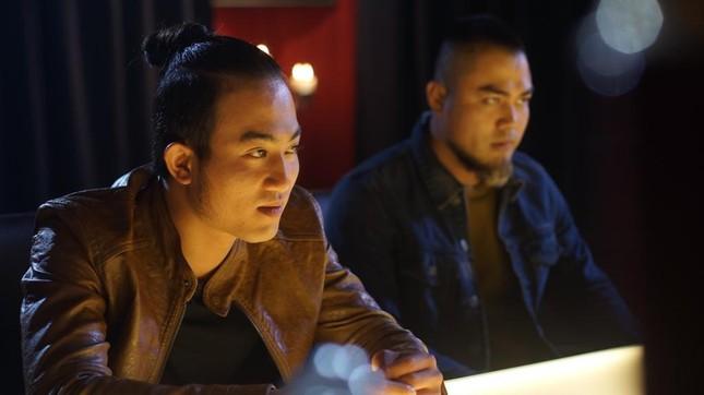 Chân dung người đàn ông đầu tiên hôn Hồng Diễm trên màn ảnh làm Hồng Đăng 'tiếc hùi hụi' ảnh 8