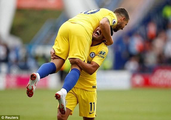 Thắng '3 sao' trận ra quân, Chelsea lên ngôi đầu Ngoại hạng Anh ảnh 16