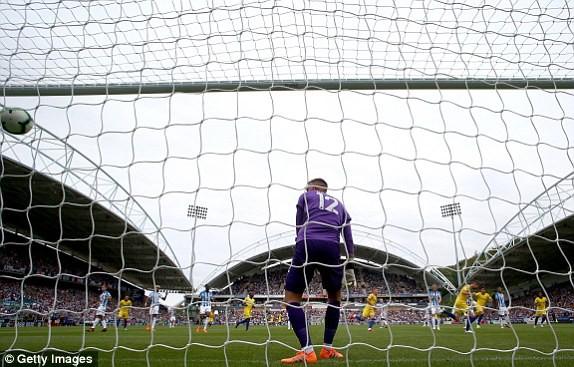 Thắng '3 sao' trận ra quân, Chelsea lên ngôi đầu Ngoại hạng Anh ảnh 13