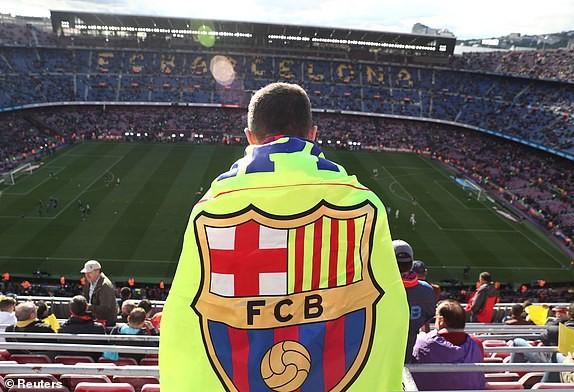 Suarez lập hat-trick, Barcelona vùi dập Real Madrid ở Siêu kinh điển ảnh 5