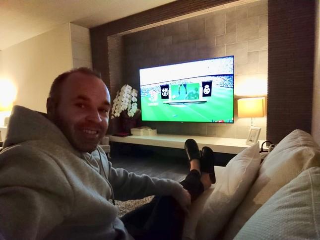 Suarez lập hat-trick, Barcelona vùi dập Real Madrid ở Siêu kinh điển ảnh 12