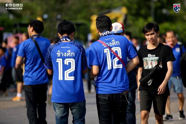 Malaysia ngoan cường vượt Thái Lan vào chung kết AFF Cup ảnh 8