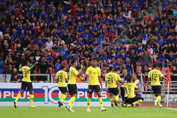 Malaysia ngoan cường vượt Thái Lan vào chung kết AFF Cup ảnh 25