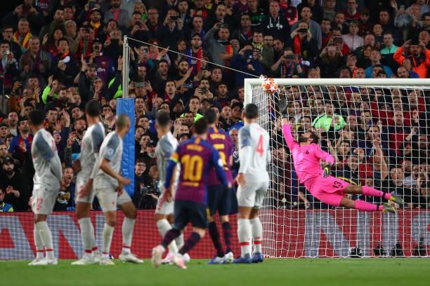 Messi lập cú đúp, Barcelona đặt một chân vào chung kết ảnh 28
