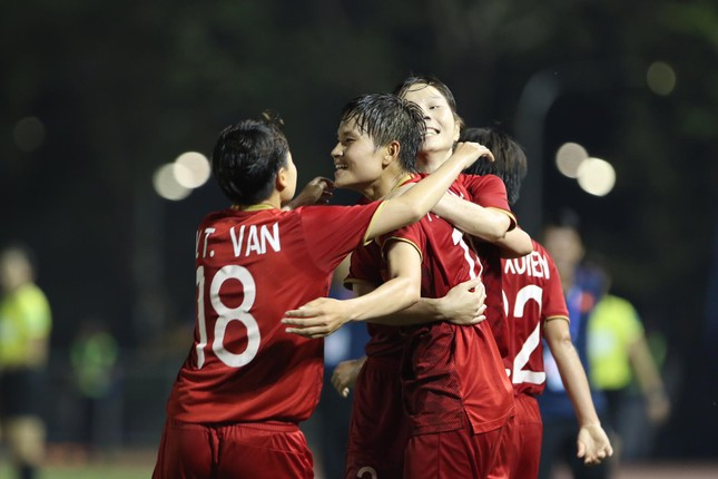 Tuyển nữ Việt Nam tái đấu với Thái Lan ở chung kết SEA Games 30 ảnh 11
