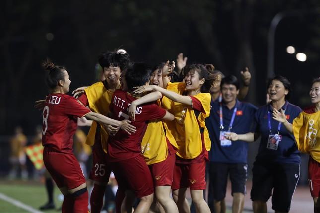 Tuyển nữ Việt Nam tái đấu với Thái Lan ở chung kết SEA Games 30 ảnh 13