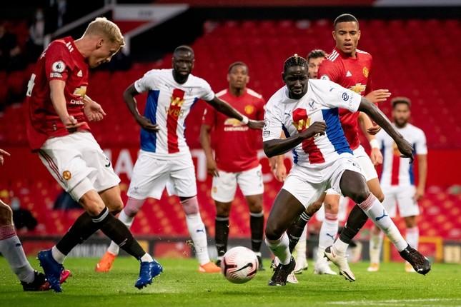M.U 1-3 Crystal Palace: Ác mộng ở trận ra quân ảnh 15