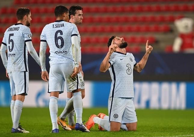 'Siêu dự bị' tỏa sáng, Chelsea sớm đoạt vé dự vòng 1/8 ảnh 1