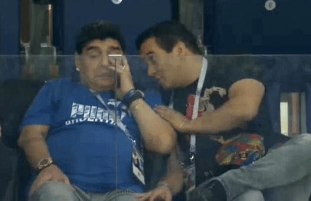 Diego Maradona: Khi người đàn ông khóc ảnh 7