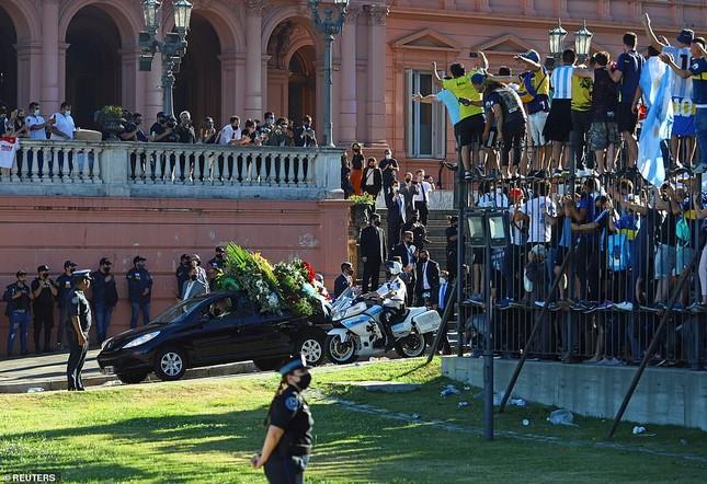 Huyền thoại Maradona về nơi an nghỉ cuối cùng ảnh 6
