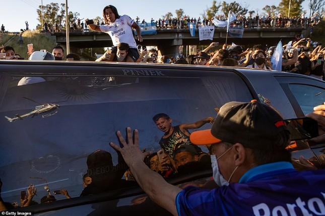 Huyền thoại Maradona về nơi an nghỉ cuối cùng ảnh 8