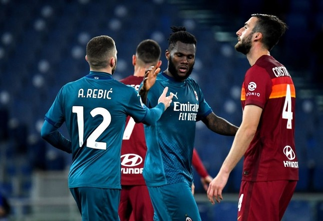 Thành Milan bứt tốc, Juventus lo bị truất ngôi vương ảnh 1