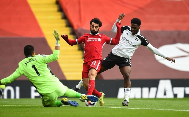 Liverpool thua sốc Fulham, chạm mốc cực tệ tại thánh địa Anfield ảnh 1